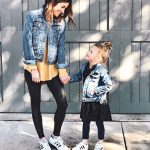 How To Wear A Denim Jacket With Leggings
